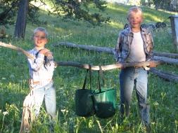 <h5>Sharing camp chores  </h5>