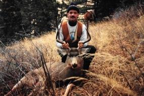 <h5>1990</br>John Kristbaum</h5><p>Brookfield, WI</p>